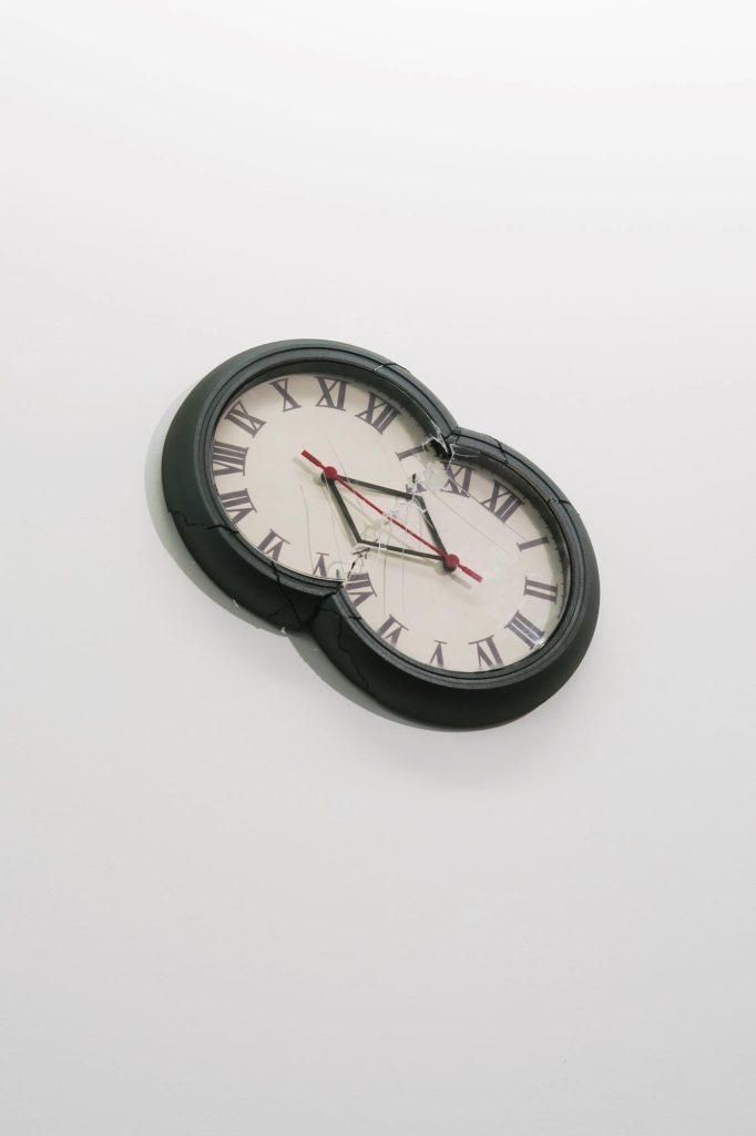 Chronostasis(double clocks)